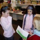 Laat kinderen hun eigen toneelstuk schrijven