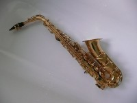 Altsaxofoon / Bron: TR001, Wikimedia Commons (CC BY-SA-3.0)