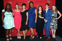 Een deel van de cast van Orange Is The New Black / Bron: Peabody Awards, Wikimedia Commons (CC BY-2.0)